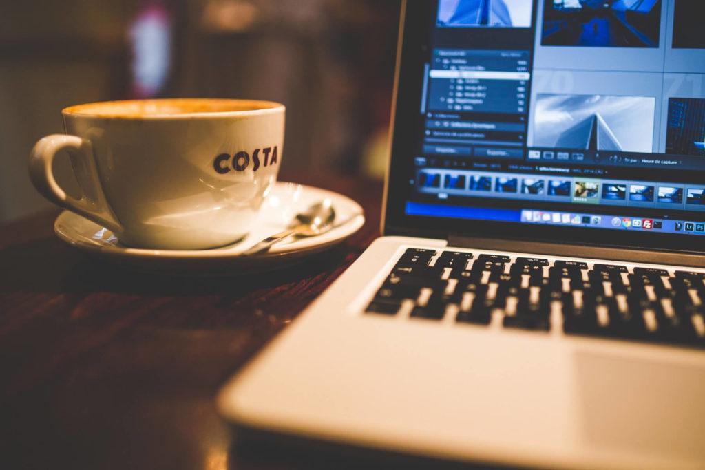 CMOS Bateri Bermasalah Dan Apa Yang Berlaku Pada Laptop & Desktop Anda