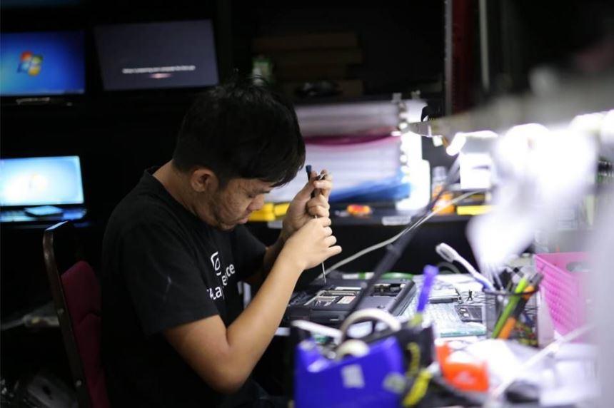 Kedai Repair Laptop Murah Di Desa Pandan